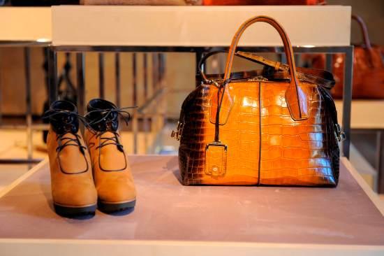 cb9d2f44fb Miky Bag. La Miky Bag, modello icona del Brand, sviluppa un design  innovativo. La costruzione bombata, esempio dell'alta qualità del brand, ...