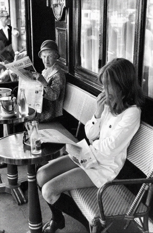 23-henri-cartier-bresson-brasserie-lipp-paris-1969_small-shop-pinterest