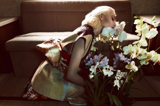 Nadja-Bender-by-Camilla-Akrans-When-Life-Was-Exotic-Vogue-Japan-April-2013-6-735x490