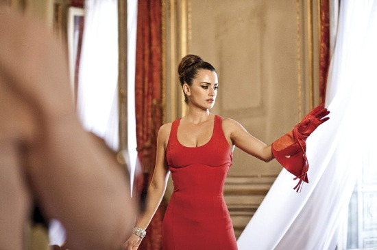 backstage_de_penelope_cruz_en_calendario_de_campari_468894575_900x600